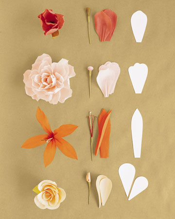 http://meandyoulookbook.files.wordpress.com/2012/02/single-petal_crepe-paper_flower.jpg