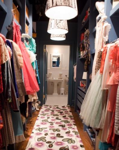 satc_walk_in_closet