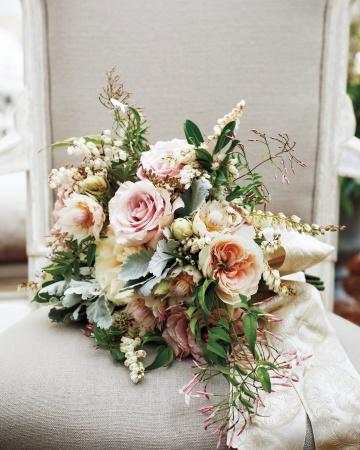 reynolds-lively-wd109335-bouquet-0156_vert