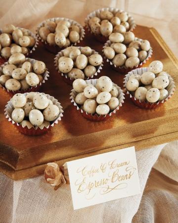 reynolds-lively-wd109335-dessert-detail-0211_vert